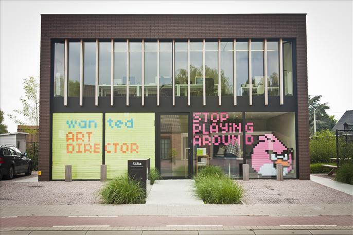 Dos Creations doet aan Post-it War